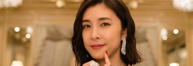 Giappone, morta suicida l'attrice Yuko Takeuchi. Il Paese si interroga: troppi casi analoghi