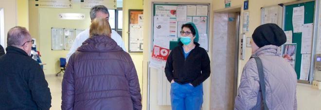 L'appello delle dottoresse in quarantena: «Mancano medici, malati lasciati soli»