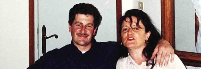 Fernando Toffolo, la vittima, insieme alla moglie Elisabetta Brambilla