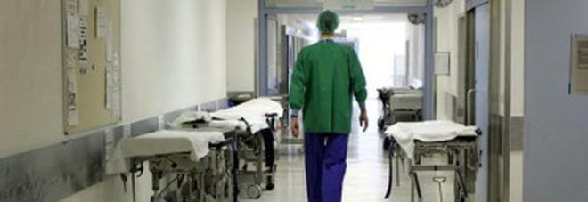 Marche, i lavoratori del servizio sanitario superano quota 21mila