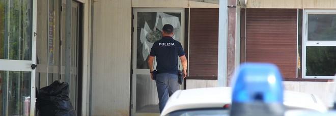 Devastato l'istituto Righi a Paolo VI, si torna in aula dopo due giorni di chiusura