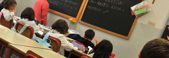 Scuola, concorso per docenti di sostegno nel caos: slitta il test