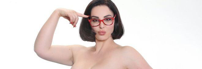 Francesca Giuliano dalla parte delle curvy: «Basta offese. Pronta ad andare dalla D'Urso per difendere Fabiana»