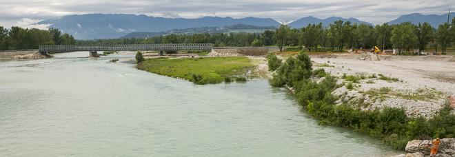 Il nuovo ponte Bailey a Ponte della Priula (foto Stefano Covre)