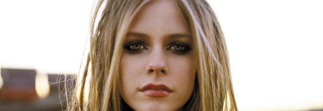 Avril Lavigne, il dramma della malattia: «Avevo accettato la mia morte»