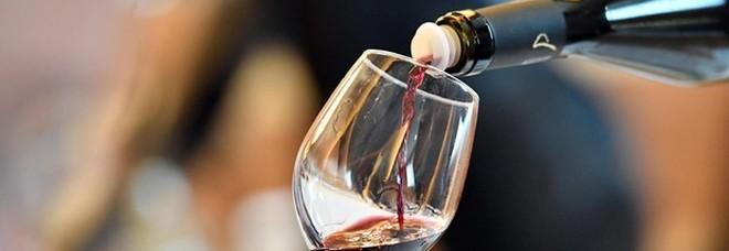 Il vino rosso potrà essere usato per combattere ansia e depressione: la scoperta