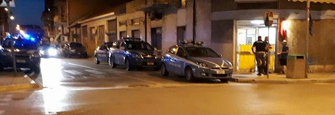 Porto d'Ascoli, prima i bicchieri e poi i pugni: denunciati per la rissa al bar