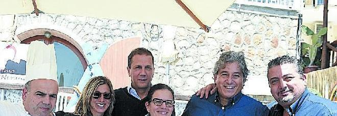 Da sinistra: Alfonso Caputo, Hope Cohen, Maurizio Cortese, Mariella Caputo, Antonio Giordano e Giuseppe Di Martino