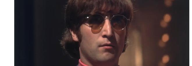 Gli occhiali da sole di John Lennon venduti all'asta da Sotheby's a 165mila euro