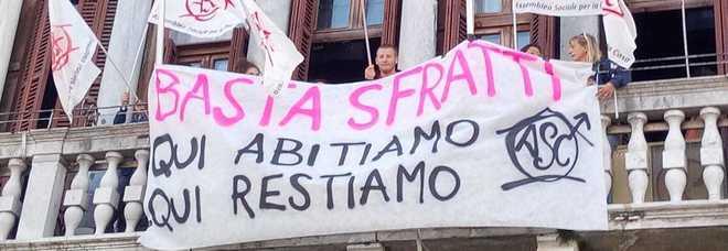 Sfratti a Venezia, gruppo di giovani occupa la sala del Consiglio comunale