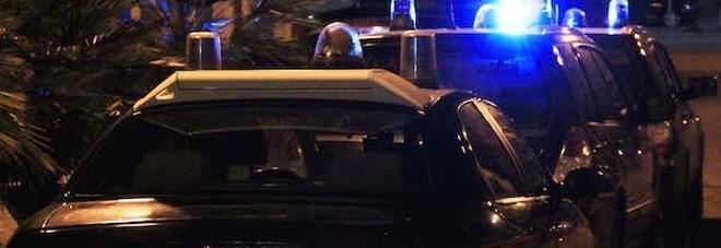 Roma, maxi rissa in centro: 5 uomini distruggono un locale in via del Conservatorio. Arrestati