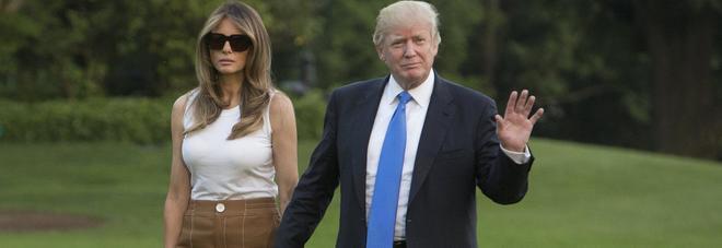 Melania Trump passa al casual: pantaloni culotte e canottiera per il trasloco alla Casa Bianca