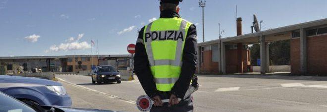 Condannato per droga lasciava l'Italia a bordo del bus: preso al confine