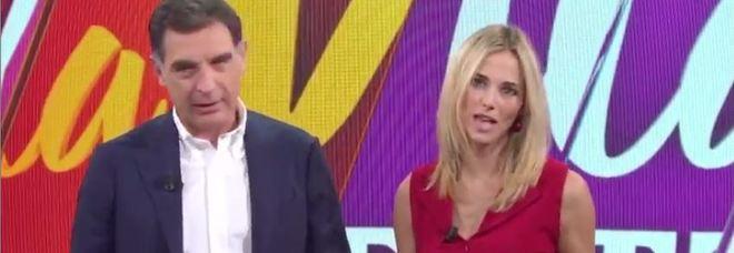 Timperi e Francesca Fialdini stupiscono tutti. L'annuncio in diretta Tv /Il video