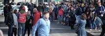 Marocchino accoltella un uomo con il crocifisso a Termini, il testimone: «Ha urlato 'Cattolico di m****'»