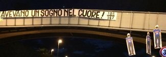 Juve, lo scudetto della vergogna: manichini del Napoli impiccati