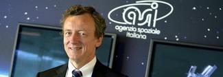 Agenzia spaziale italiana, Roberto Battiston confermato alla presidenza: Luna e Marte nel mirino
