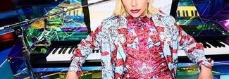 """Lady Gaga, la popstar è il volto """"social"""" della collezione Versace"""