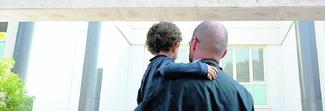 Roma, bimbo salvato dalla leucemia: ecco cos'è la terapia genica che modifica le cellule