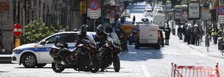 Coronavirus a Napoli, nuova stretta: pastiere e casatielli vietati anche online