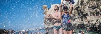 Cliff Diving, a Polignano Gary Hunt e Rihanna Iffland sono i nuovi detentori del titolo mondiale