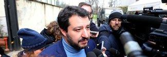Salvini: «Se serve sforeremo il 3% Mai al governo con il Pd»