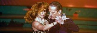 """Vince il """"sensuale"""" Cesare Bocci: «Che emozione vedere mia moglie, ora torno a Montalbano»"""
