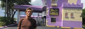 """""""Un sogno chiamato Florida"""", dal 22 marzo nelle sale: protagonista Willem Dafoe"""