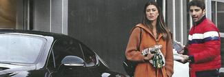 """Belen e Iannone, nuovo """"regalino"""" dopo il volo privato: una Bentley da 400mila euro"""