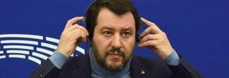 Salvini chiama i 5 stelle. Altolà di Berlusconi: possibile appoggio pd