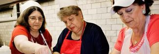 Il Ristorante delle Nonne: a New York un locale di chef in gonnella over 50 diventato cult