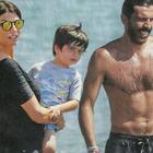 Buffon, vacanze a Marina di Massa con Ilaria D'Amico e i figli