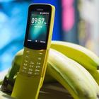 """Torna in vendita il """"banana phone"""", il cellulare-culto degli anni Novanta"""