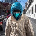 Il tasso di mortalità mondiale sale al 3.4%: per l'influenza è inferiore all'1%. Gli uomini sono i più colpiti