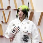 "Billie Eilish: unghie da ""paura"" sul red carpet"