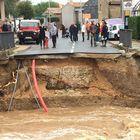 L'alluvione fa 13 morti: «Picco senza precedenti da fine '800». Centinaia di pompieri al lavoro