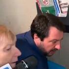 Salvini, sfondato parabrezza all'auto della donna che indicava il citofono