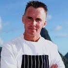 Addio allo chef Gary Rhodes, il dolore di Gordon Ramsay: «Se ne va un grande»