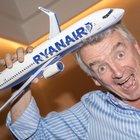 Ryanair, neonati ora pagano 25 euro: la denuncia di Federconsumatori