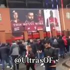 Violenti scontri tra tifosi - Video