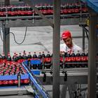 Coca Cola contro sugar e plastic tax: a rischio chiusura stabilimenti Oricola e Marcianise
