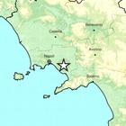 Terremoto tra Ischia e Napoli: sciame sismico lieve ma profondo, la scossa più forte di magnitudo 2.0