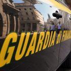 Dal Perù a Fiumicino con 2 chili di cocaina nella valigia: arrestata