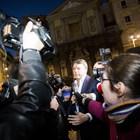 Bagno di folla per il ritorno di Renzi a Napoli: c'è anche la Boschi