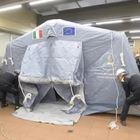 Coronavirus, montate le tende all'ospedale Molinette di Torino