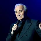 Aznavour, all'asta a Parigi le lettere d'amore per la giovane Claude Maissiat