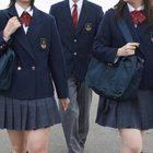 """A scuola in divisa, ira degli studenti. La preside: """"È segno di identità"""""""