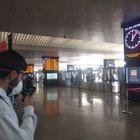 Coronavirus, treni bloccati sulla Milano-Bologna: ferma anche l'Alta Velocità, controlli in una stazione