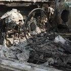 Uomo bruciato nella sua auto, la verità nei cellulari