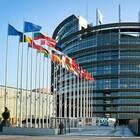 Rc auto, Parlamento Europeo vara nuove norme: più copertura e regole omogenee. Nessun obbligo per monopattini e bici elettriche